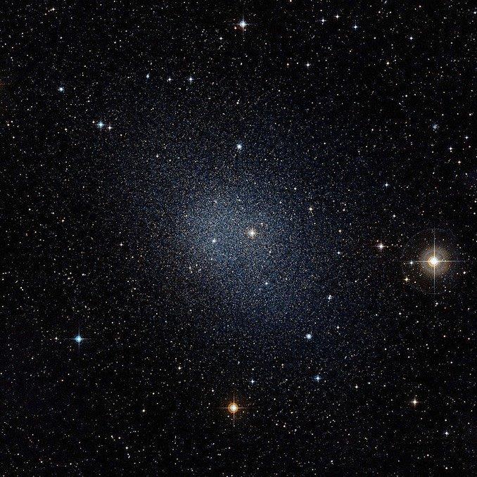 哈伯太空望远镜三十周年庆祝活动:找找你的生日天体