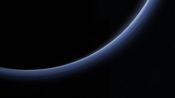 平流层红外线天文台发现隐藏在冥王星雾霾的线索