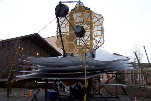 詹姆斯·韦布空间望远镜模型