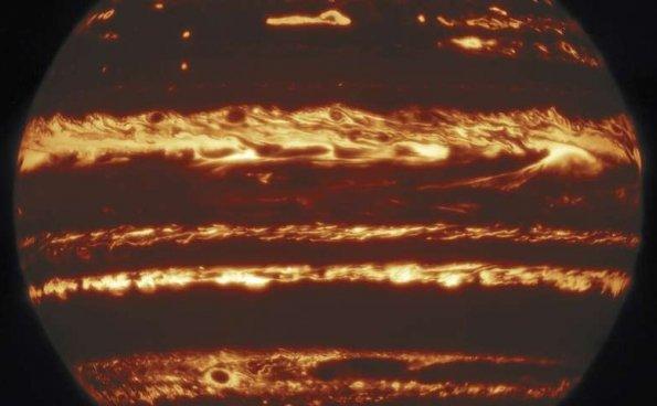史上最清晰的木星影像,拍出太空望远镜看不到的细节