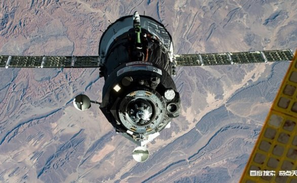 新太空居民适应空间站的生活