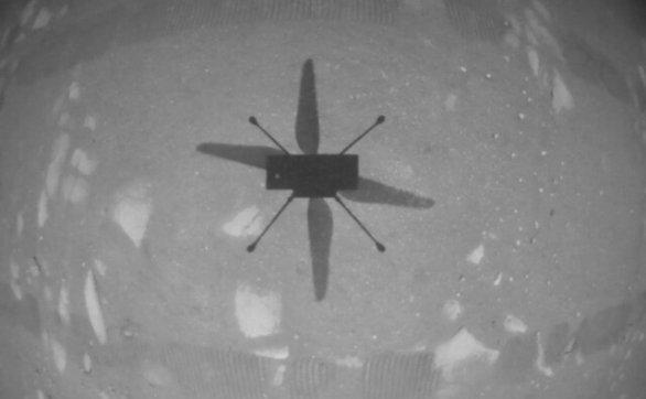 NASA的直升机-独创号成功起飞