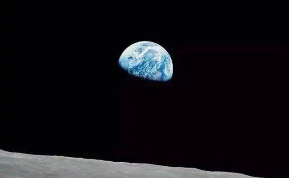 宇航员连牺牲都不怕,为什麽从月球上看地球感到恐惧?