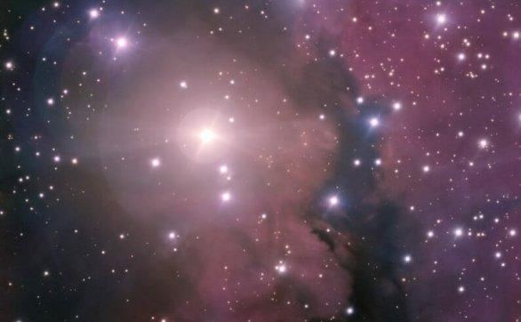"""漂浮在太空中的""""紫色云朵""""—DG121"""