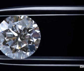 钻石到底有多硬? 它可以承受超越地核压力的五倍之多