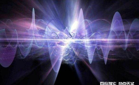 一根1光年长度的棍子,在棍子的这头挥动一下,另一头会超光速吗?